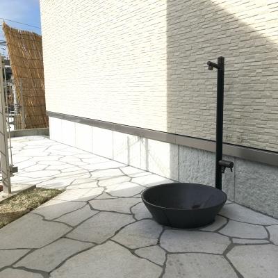 和モダンなテイストを残しつつ、使い勝手の良いお庭のリフォーム提案