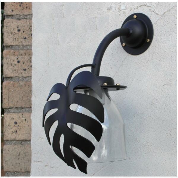 門まわり付帯工事:門灯取付