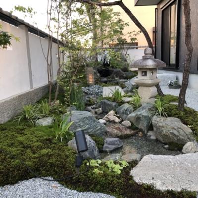 小川のせせらぎのある和風庭園へのリフォーム