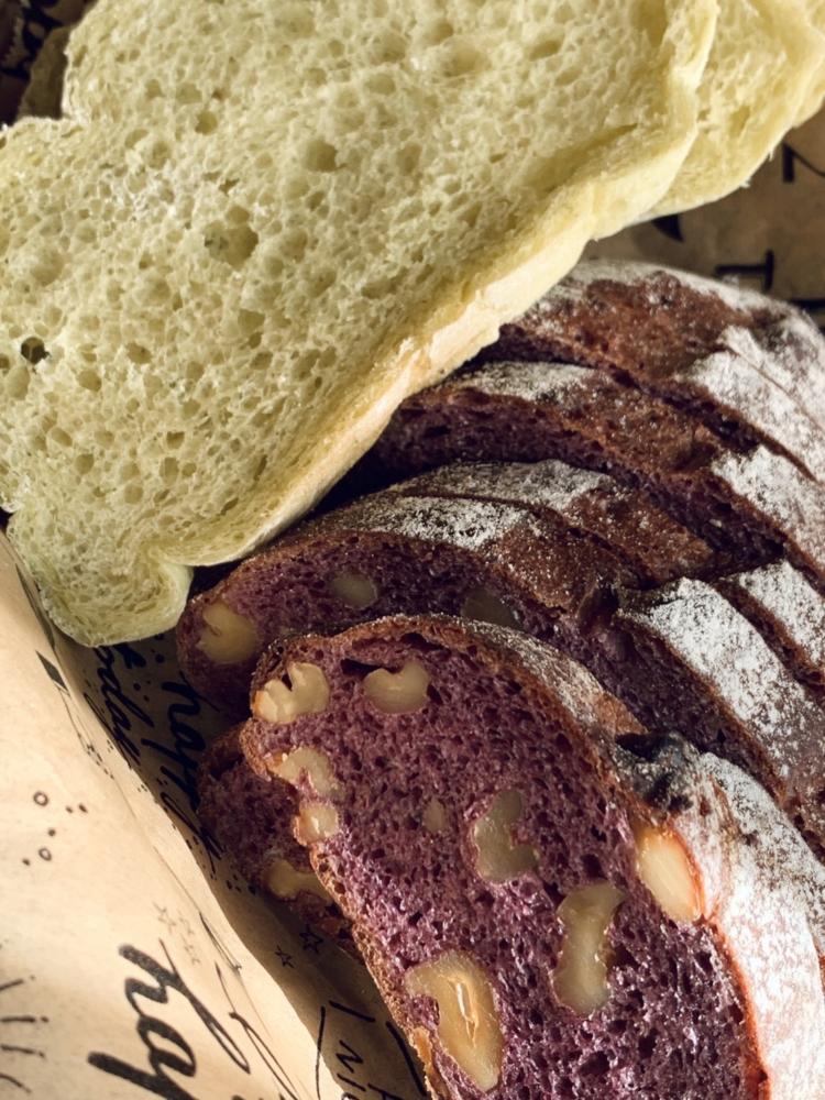 画像 ⑤(モロヘイヤのパン 2種)
